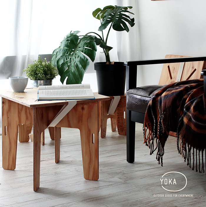 アウトドアテーブル
